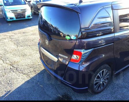 Honda Freed Spike 2015 - отзыв владельца