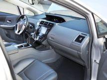Toyota Prius v, 2013