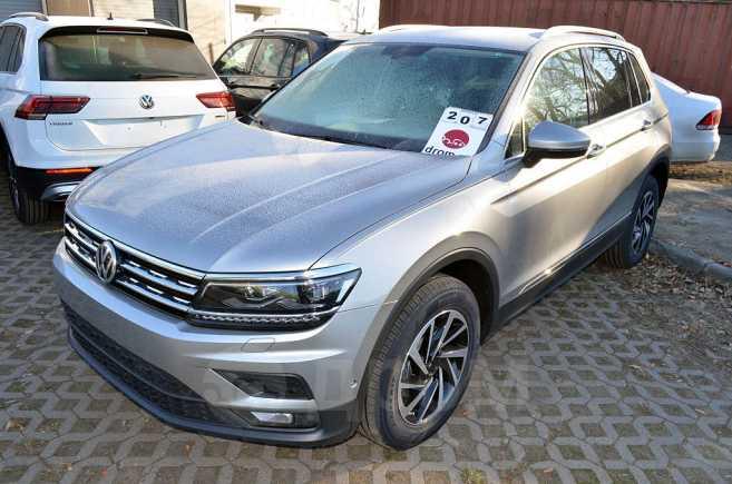 Volkswagen Tiguan, 2018 год, 1 941 700 руб.