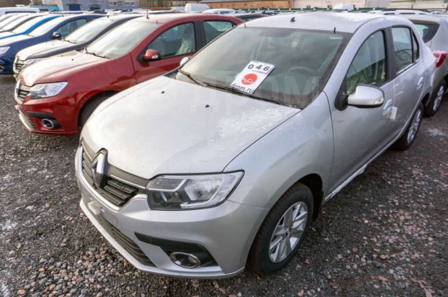 Renault Logan, 2018 год, 757 980 руб.