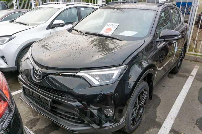 Toyota RAV4, 2018 год, 2 023 000 руб.