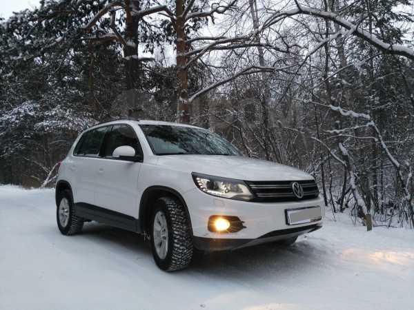 Volkswagen Tiguan, 2012 год, 1 040 000 руб.