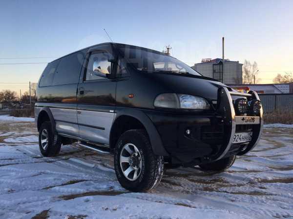 Mitsubishi Delica, 1996 год, 450 000 руб.
