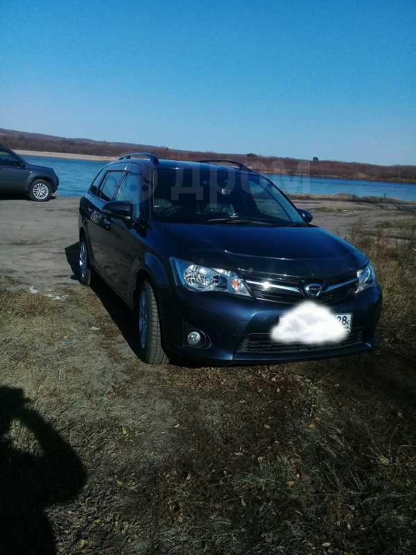 Toyota Corolla Fielder, 2013 год, 699 999 руб.
