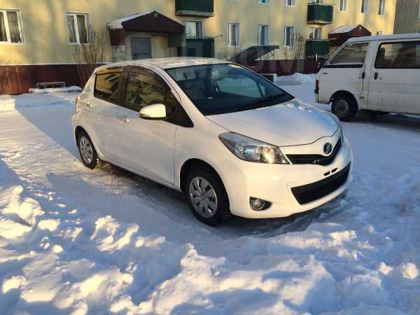 Toyota Vitz, 2012 год, 475 000 руб.