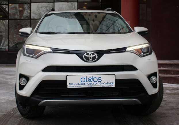 Toyota RAV4, 2018 год, 1 999 000 руб.