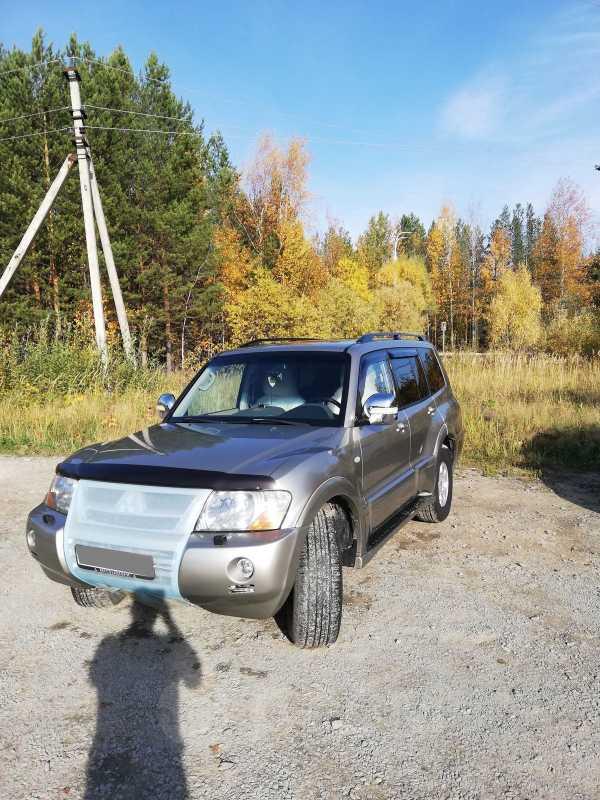 Mitsubishi Pajero, 2004 год, 690 000 руб.