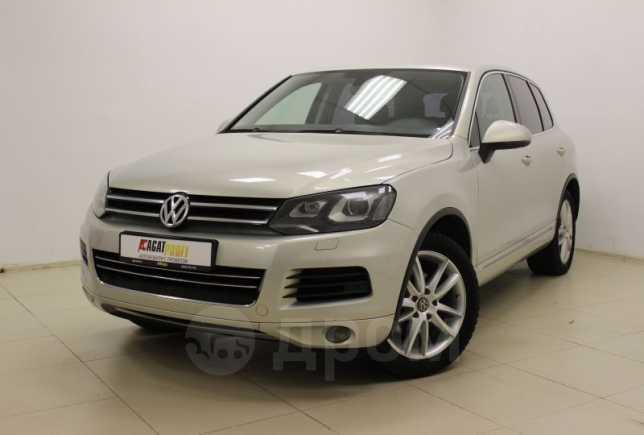 Volkswagen Touareg, 2011 год, 1 125 000 руб.