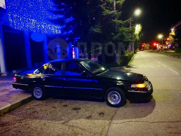 Ford Crown Victoria, 1993 год, 250 000 руб.