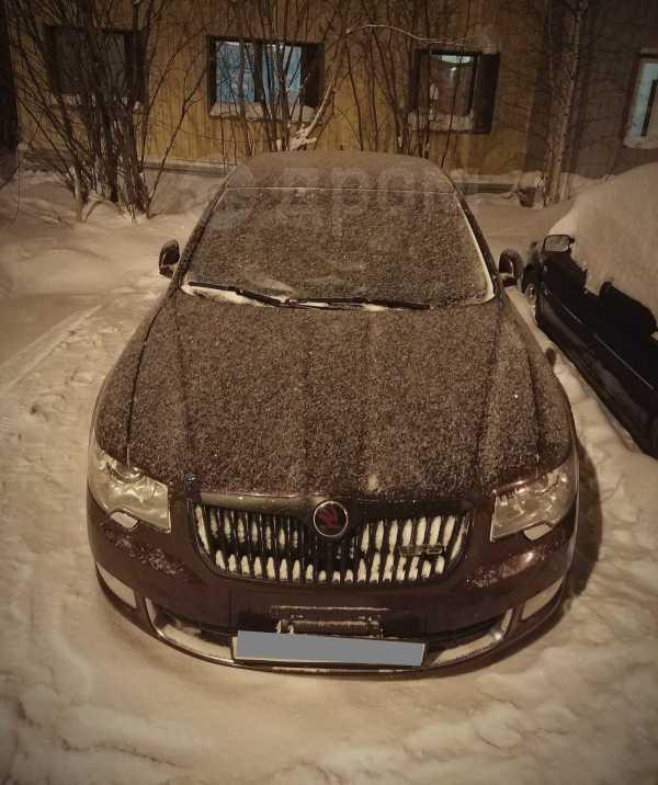 Skoda Superb, 2011 год, 685 000 руб.