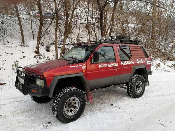 Nissan Terrano, 1992 год, 320 000 руб.