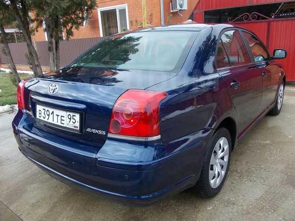 Toyota Avensis, 2004 год, 385 000 руб.