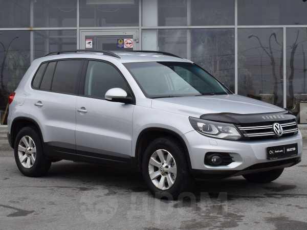 Volkswagen Tiguan, 2012 год, 779 000 руб.