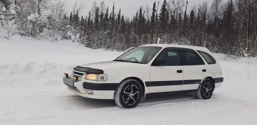 Toyota Sprinter Carib, 2000 год, 265 000 руб.