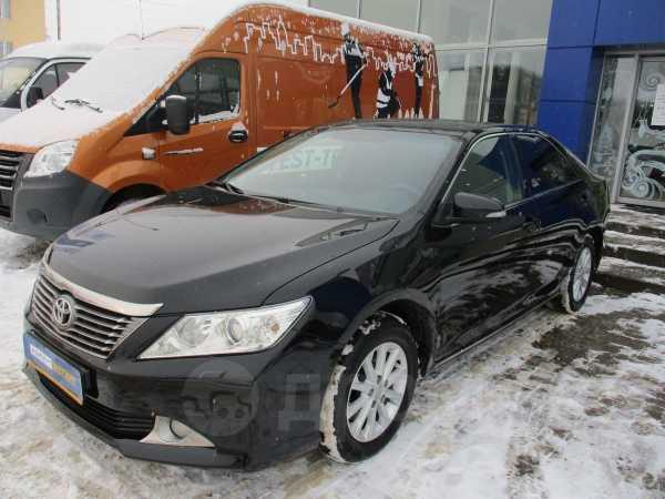 Toyota Camry, 2012 год, 895 000 руб.