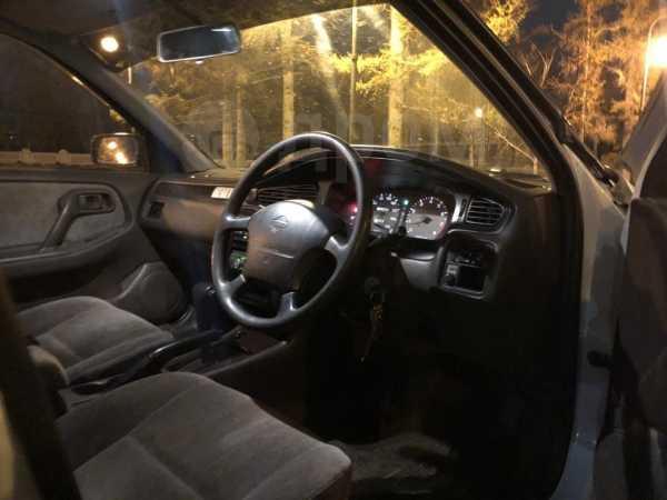 Nissan Bluebird, 1996 год, 290 000 руб.