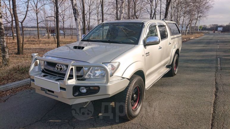 Toyota Hilux Pick Up, 2011 год, 1 420 000 руб.