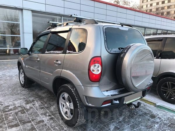 Chevrolet Niva, 2011 год, 379 400 руб.