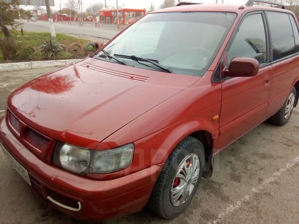 Mitsubishi Space Runner, 1997 год, 185 000 руб.
