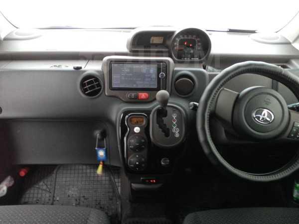 Toyota Spade, 2013 год, 620 000 руб.