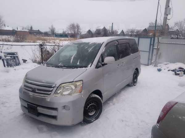 Toyota Noah, 2005 год, 250 000 руб.