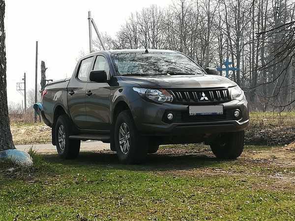 Mitsubishi L200, 2015 год, 1 330 000 руб.