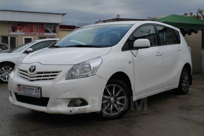 Toyota Verso, 2011 год, 635 000 руб.
