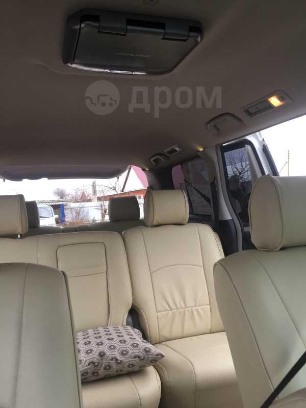 Toyota Alphard, 2007 год, 680 000 руб.