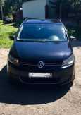 Volkswagen Touran, 2010 год, 500 000 руб.