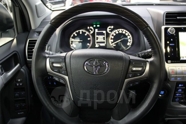 Toyota Land Cruiser Prado, 2017 год, 3 890 000 руб.
