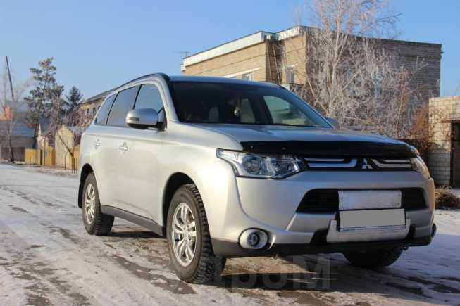 Mitsubishi Outlander, 2013 год, 1 070 000 руб.