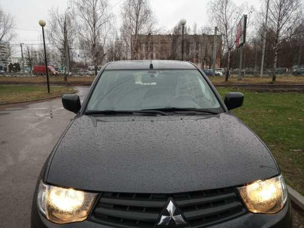 Mitsubishi L200, 2013 год, 850 000 руб.