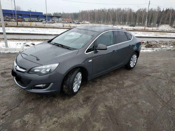 Opel Astra, 2014 год, 680 000 руб.