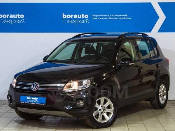 Volkswagen Tiguan, 2013 год, 997 000 руб.