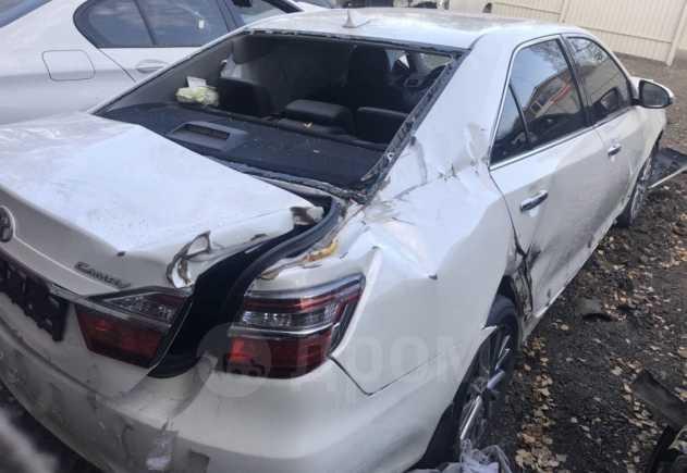 Toyota Camry, 2016 год, 560 000 руб.