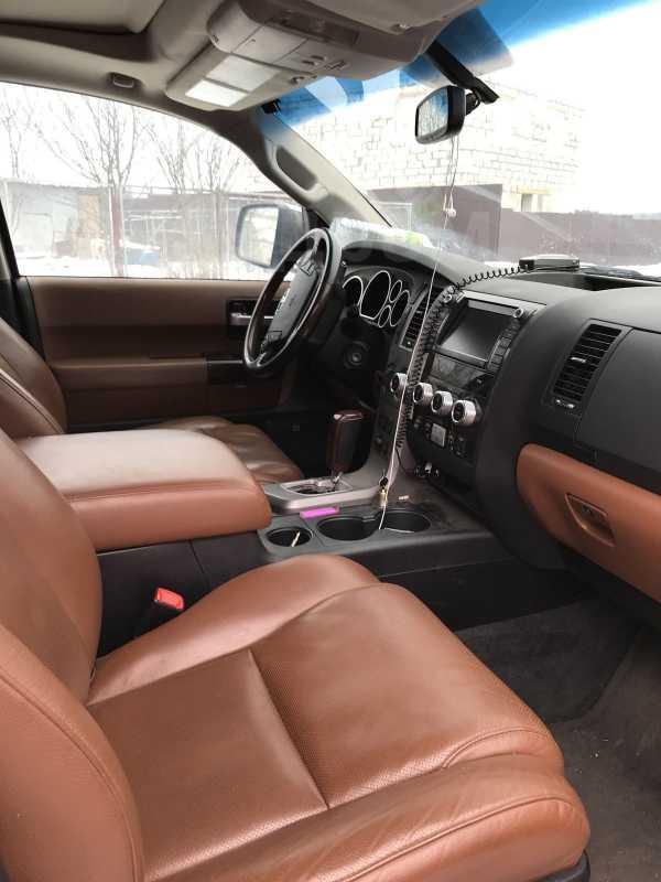 Toyota Sequoia, 2011 год, 2 299 000 руб.