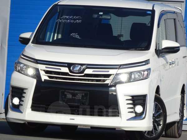 Toyota Voxy, 2015 год, 1 535 000 руб.
