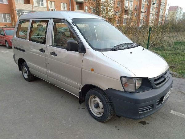 Toyota Town Ace, 2000 год, 299 000 руб.