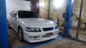 Якутск Nissan Laurel 2000