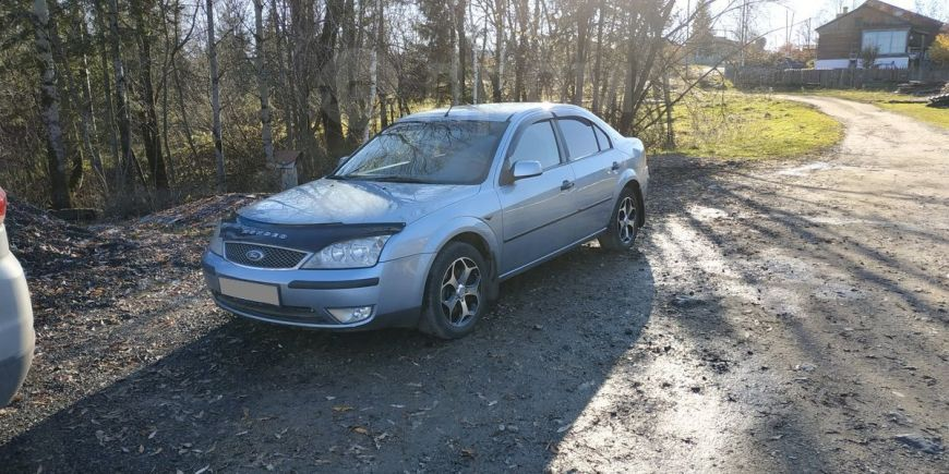Ford Mondeo, 2003 год, 255 000 руб.