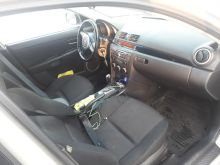 Кызыл Mazda Mazda3 2007