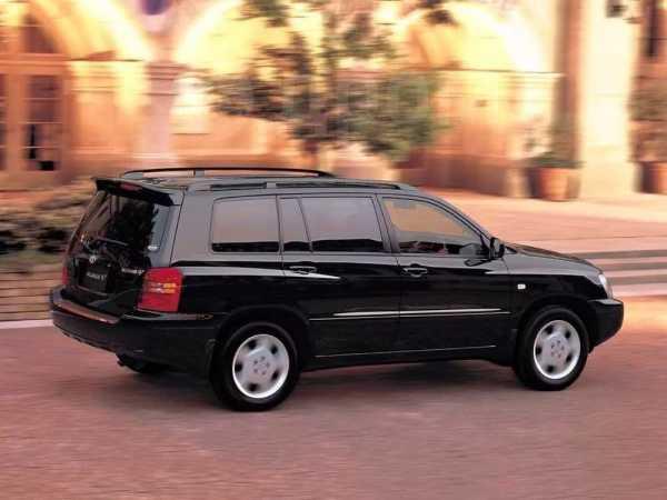 Toyota Kluger V, 2001 год, 549 000 руб.