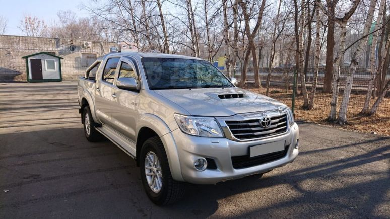 Toyota Hilux Pick Up, 2011 год, 1 430 000 руб.