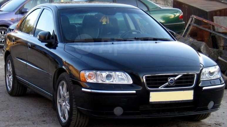 Volvo S60, 2004 год, 380 000 руб.