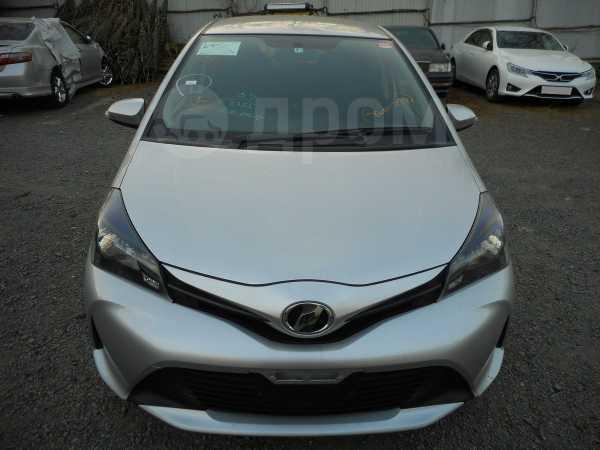 Toyota Vitz, 2015 год, 580 000 руб.