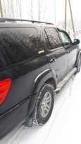 Toyota Sequoia, 2003 год, 990 000 руб.