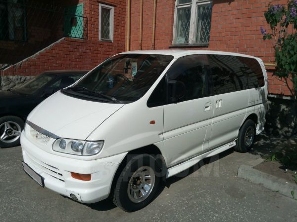 Mitsubishi Delica, 2000 год, 399 000 руб.
