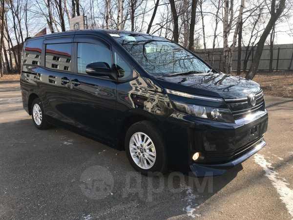 Toyota Voxy, 2016 год, 1 185 000 руб.