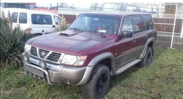 Nissan Patrol, 2000 год, 555 000 руб.