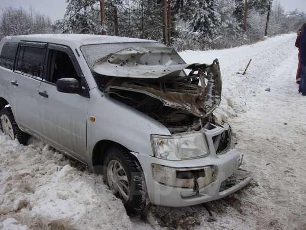 Toyota Succeed, 2006 год, 100 000 руб.